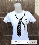 kaos cewe dasi putih